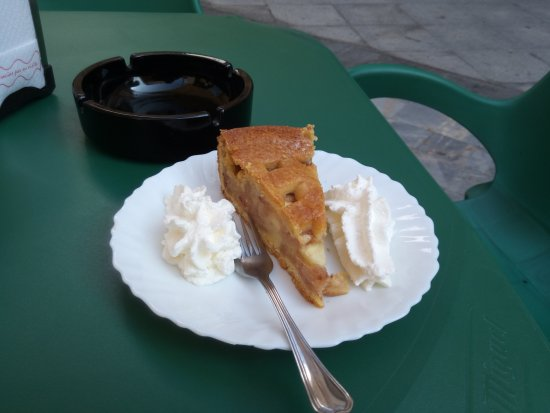 Almoradi, Spania: Apple Pie! Yum!