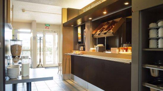 b b hotel saint brieuc tregueux. Black Bedroom Furniture Sets. Home Design Ideas