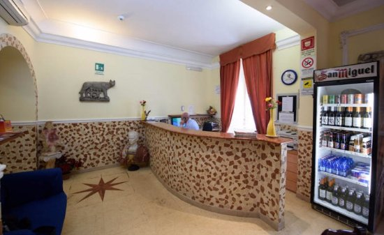 Stargate Hotel: Reception