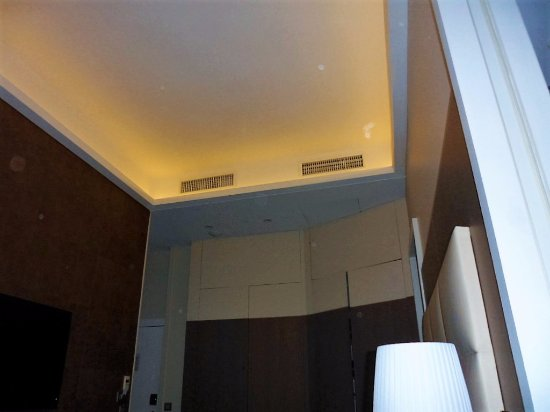 Ceiling tray lighting Living Room Ledmond Hotel Paris Tray Ceiling Lighting Added Nice Touch To The Androidtopicinfo Tray Ceiling Lighting Added Nice Touch To The Room Picture Of