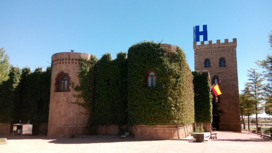 Vinedos y Bodegas El Castillo