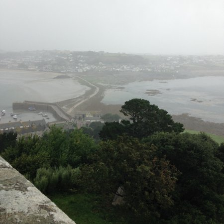 St. Michael's Mount: Very bad weather but views still amazing!
