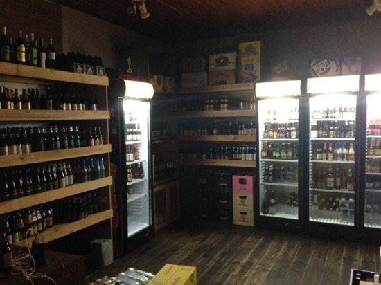 Lacanau, Francia: Cave a bieres
