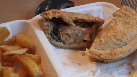 stracey s fish and chip shop chicken and mushroom pie over cooked shrunken filling