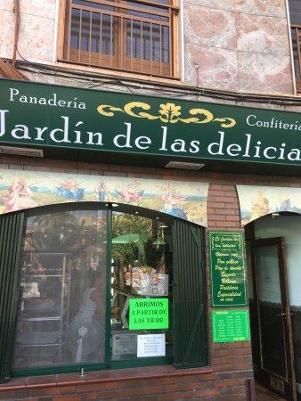 Restaurante el jardin de las delicias en elx con cocina for El jardin de las delicias benavente