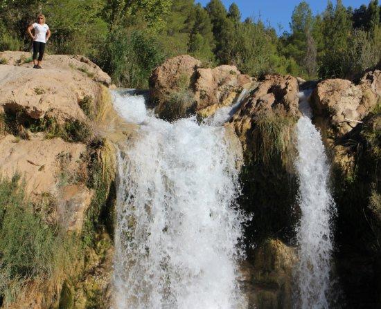 Enguidanos, Ισπανία: Una de las cascadas