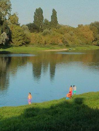 Rivière, France : IMG_20160827_190800_large.jpg