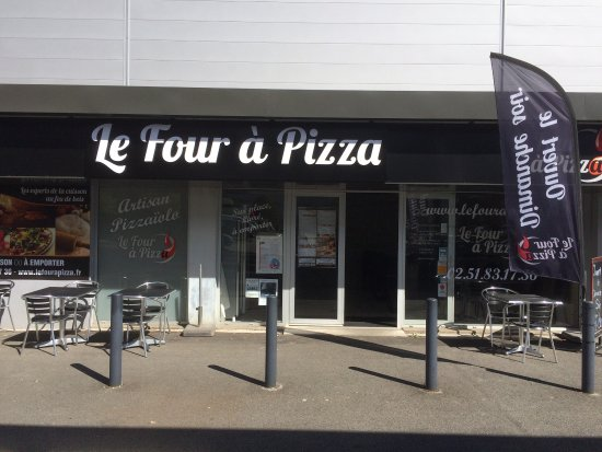 Orvault, Francia: Le Four a Pizza