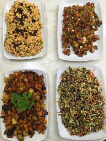 Balclutha, Новая Зеландия: These are some of our Gluten Free Salads we have in our Cafe