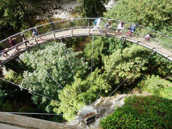 North Vancouver, Canadá: Cliff Walk At Capilano Suspension Bridge