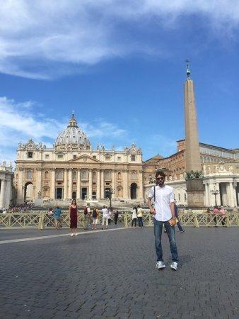 Basilique Saint-Pierre : ساحة الفاتيكان