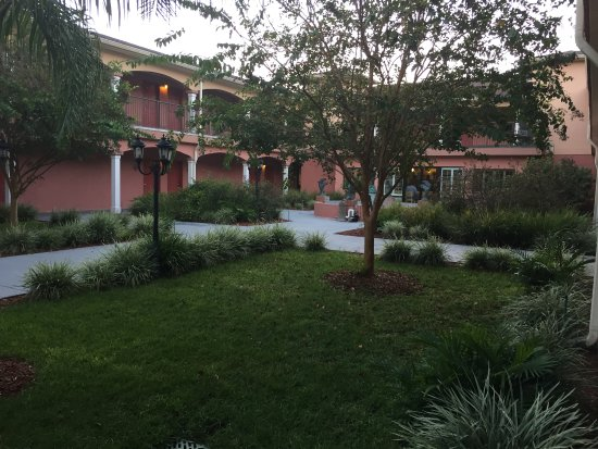 Crawfordville, Floryda: Cute Courtyard