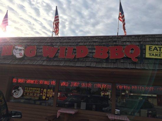 Hog Wild BBQ : photo0.jpg