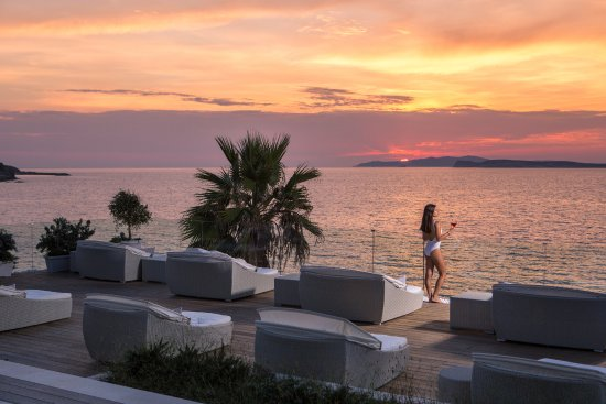 Delfino Blu Boutique Hotel: Sunset at the sun deck