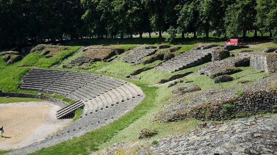 Theatre romain d'Autun