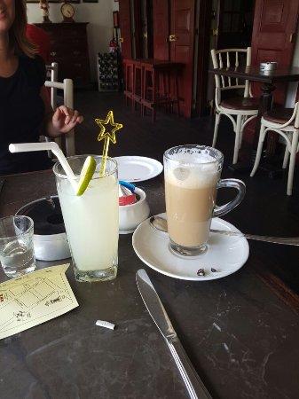 Royal Bar & Hotel Restaurant: 20160920_141222_large.jpg