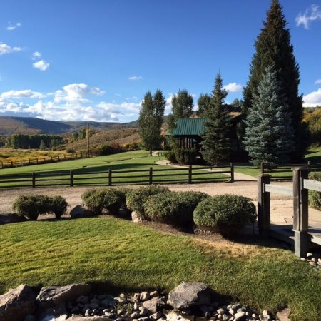 The Lodge and Spa at Three Forks Ranch: Lodge Area