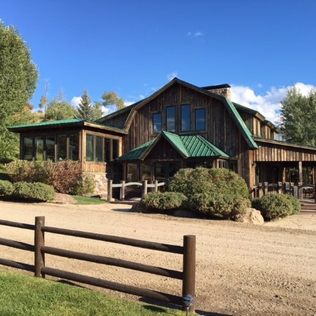 The Lodge and Spa at Three Forks Ranch: Hunting Lodge