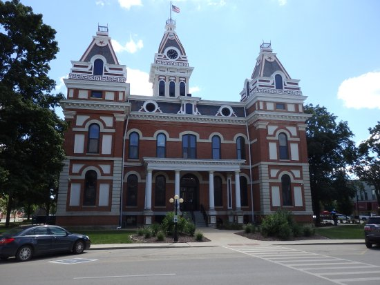 Pontiac, IL: Town hall building