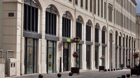 B&B Hotel CASTRES Centre Gambetta