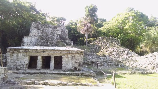 Quintana Roo, México: The first structure you see walking in