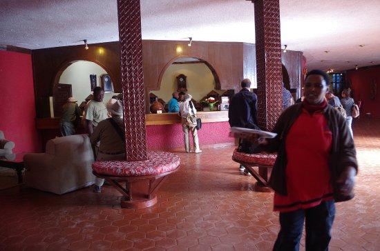 Ngorongoro Sopa Lodge: Front Desk