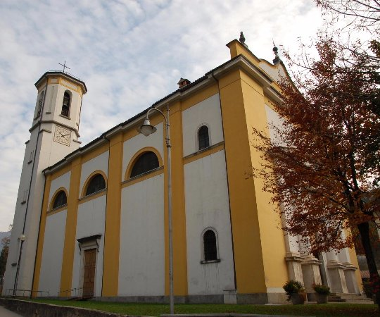 Bezzecca, อิตาลี: Chiesa dei Santi Stefano e Lorenzo...