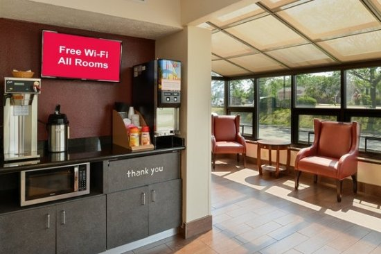 Red Roof Inn Greenwood IN 61 70 UPDATED 2017 Prices