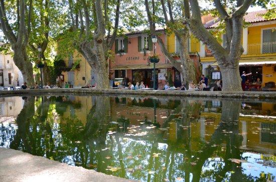 Cucuron, Prancis: photo1.jpg
