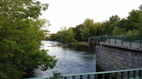 Cumberland, RI: 20160824_185150_large.jpg