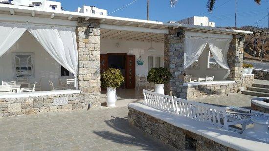 Anixi Hotel Mykonos: 20160912_161857_large.jpg