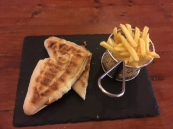 The Manor House Hotel: Cheese and ham toastie