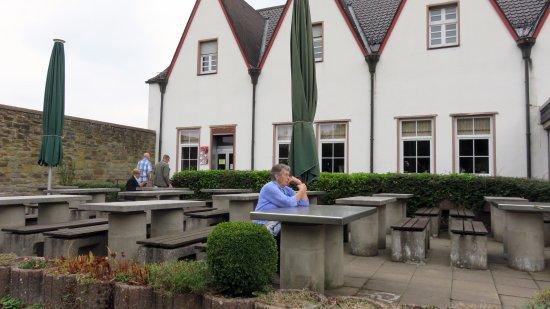 Heimbach, Germany: Terras behorende bij de horeca