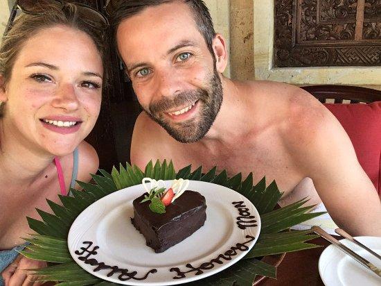Pita Maha Resort and Spa: Honeymoon Cake!