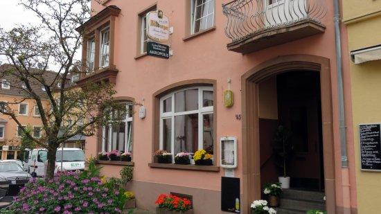 Bitburg, Jerman: Ingang