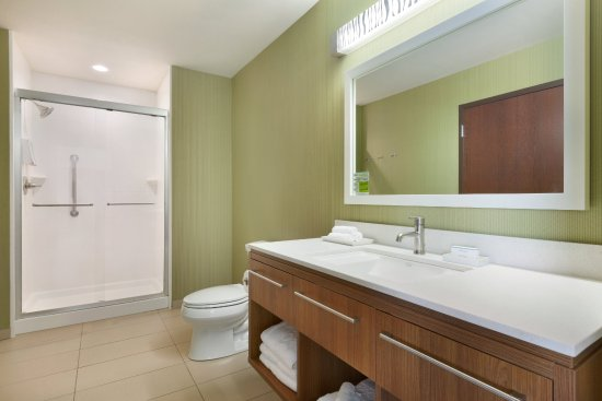 Edmond, OK: Bathroom