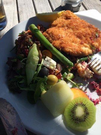 Dedham, UK: Chicken schnitzel