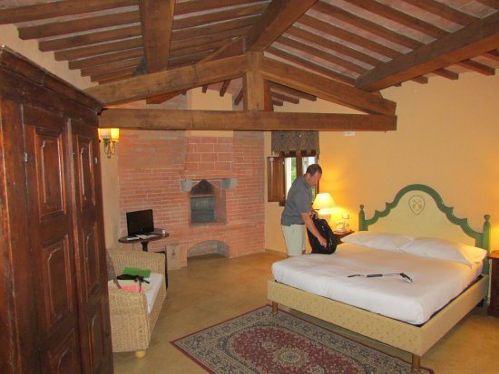 Serre di Rapolano, Italia: Perfect stay in a castle!