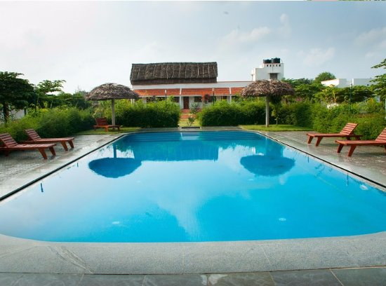 Pool - Picture of The Mountain Retreat, Tiruvannamalai - Tripadvisor