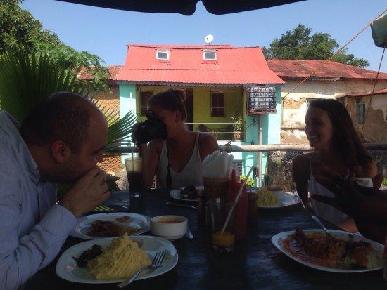 Bagamoyo, Tanzania: Poa Poa Restaurant