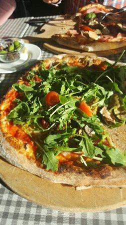 Lund, Sverige: Mycket goda pizzor och trevlig personal