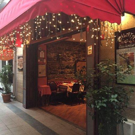 Galata Restaurant & Bar: Dışardan görünüm