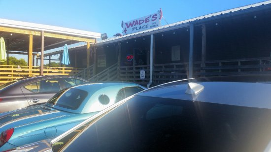 Chandler, TX: Wade's Place