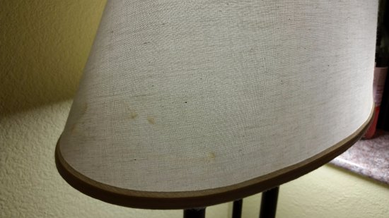 Cleburne, TX: Stains on lamp