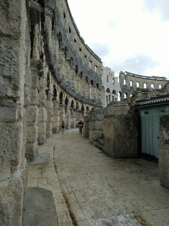 Amfiteatern i Pula: Some photos from Pula