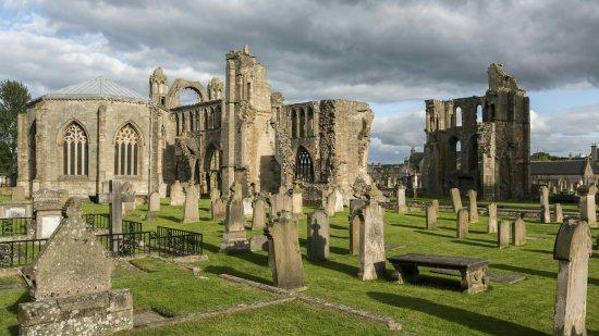 Catedral-de-Elgin-Escocia_large.jpg