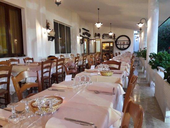 Hotel Residence Costa Azzurra: 20160815_194937_large.jpg