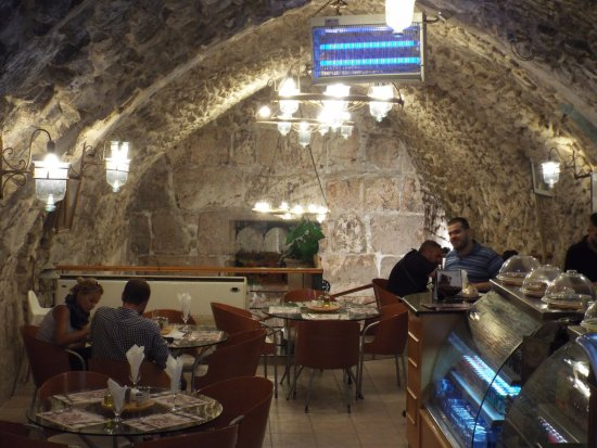 Al-Buraq : Inside the restaurant