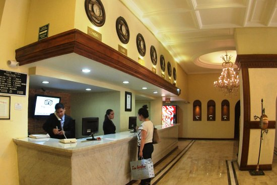 Hotel roma suites business center updated 2017 prices for Roma business center
