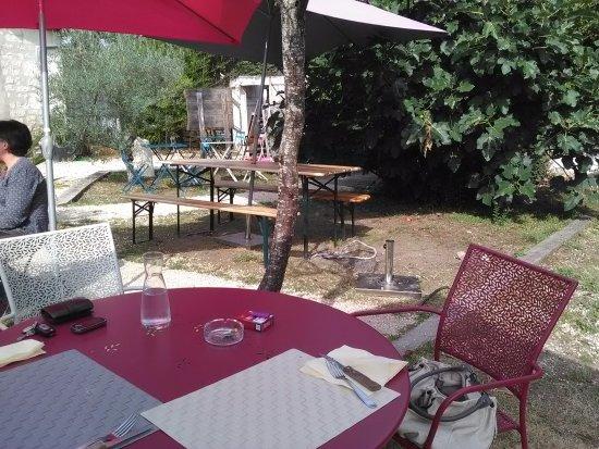 Cafe de la Promenade: Le jardin extérieur